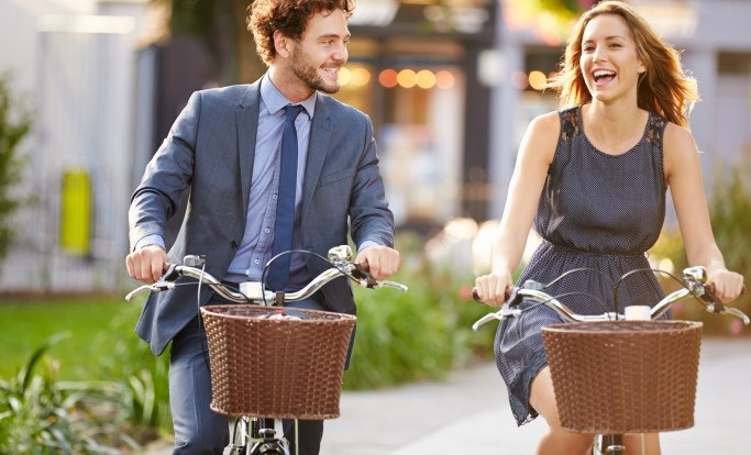 Twenty minutes per day of walking or bicycling were associated with a lower rate of fracture.