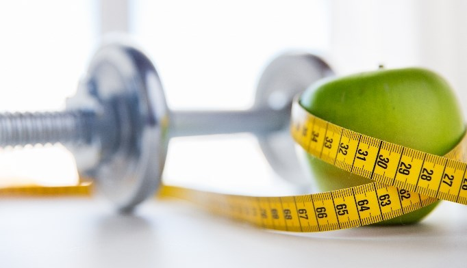 Researchers found that dieters who received personal coaching post-diet gained back only 1.5 pounds on average.