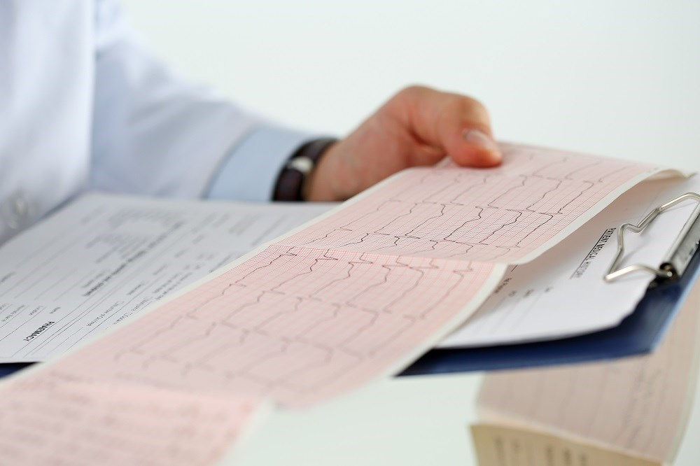 Hydroquinidine lowered the annual rate of life-threatening arrhythmic events in patients with previous cardiac arrest.