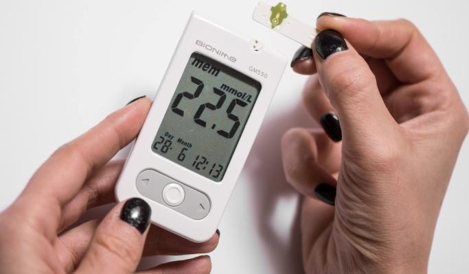 Как правильно измерять уровень сахара в крови
