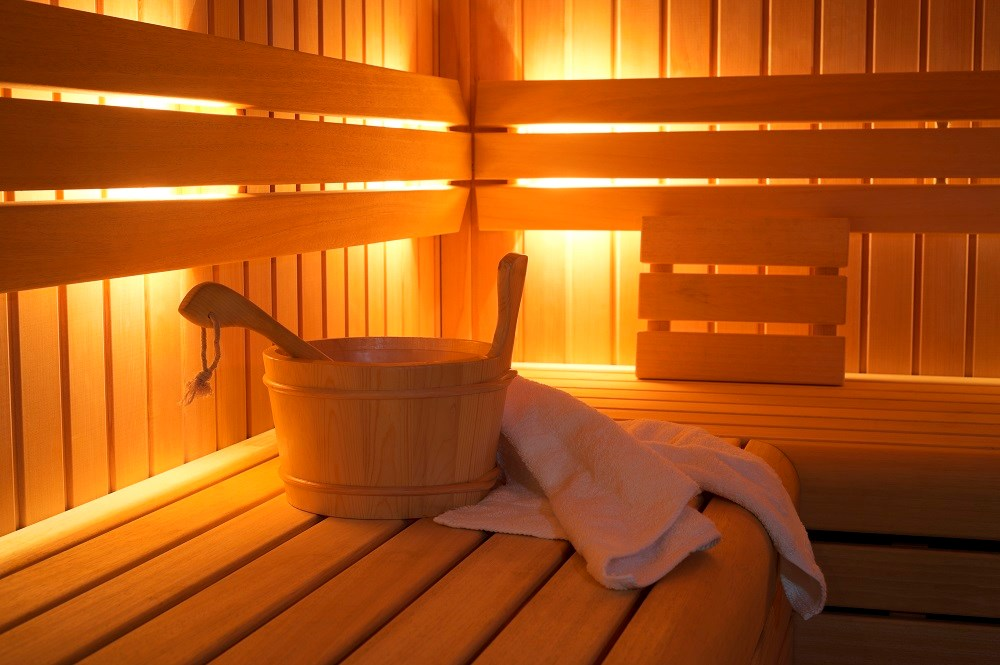 The age- and sex-adjusted hazard ratio for stroke was 0.39 for participants with 4 to 7 sauna sessions per week compared with those who had 1 sauna bathing session per week.