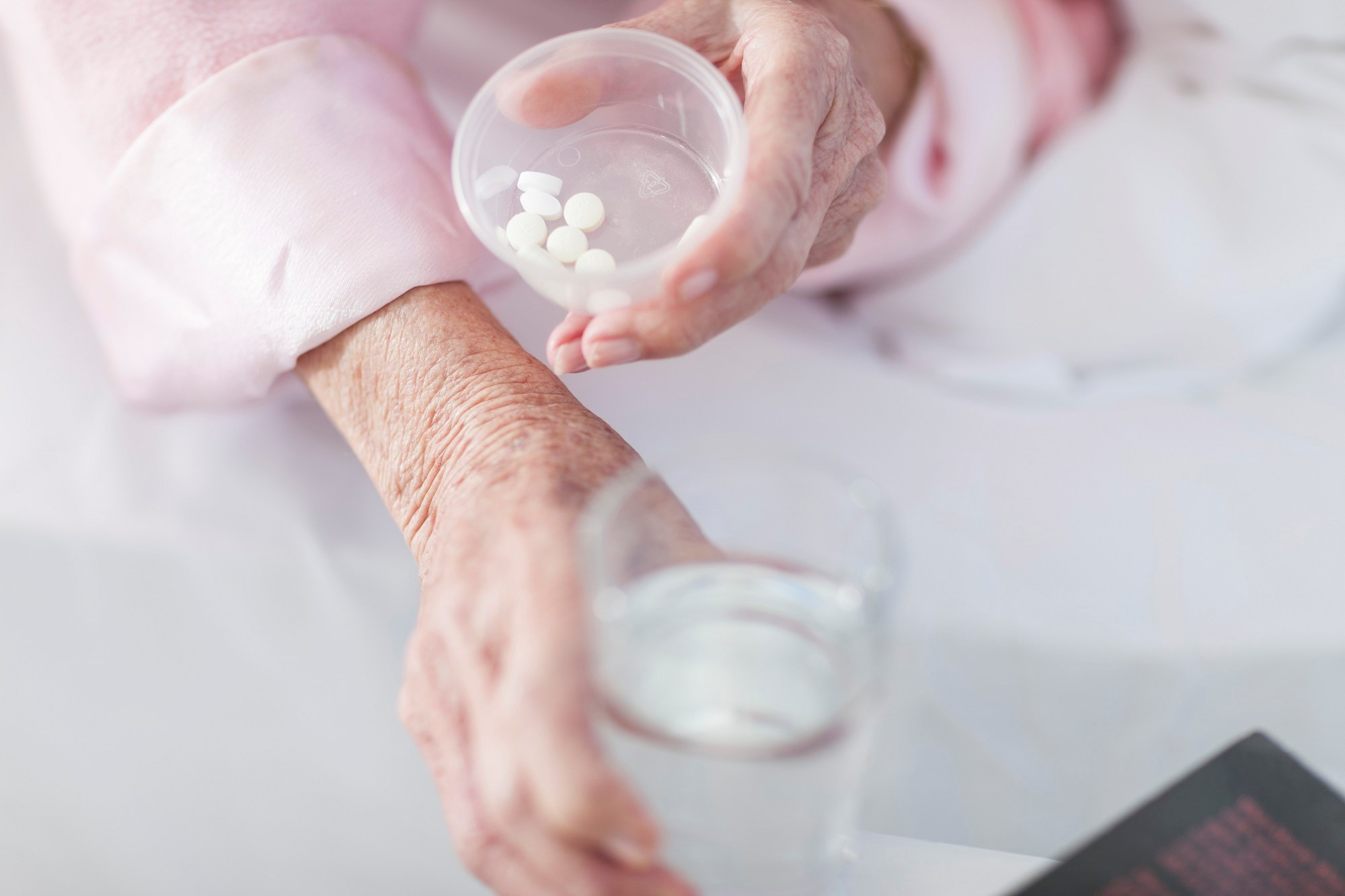 Statins in Patients Older Than 75: A Meta-Analysis of 28 Controlled Trials